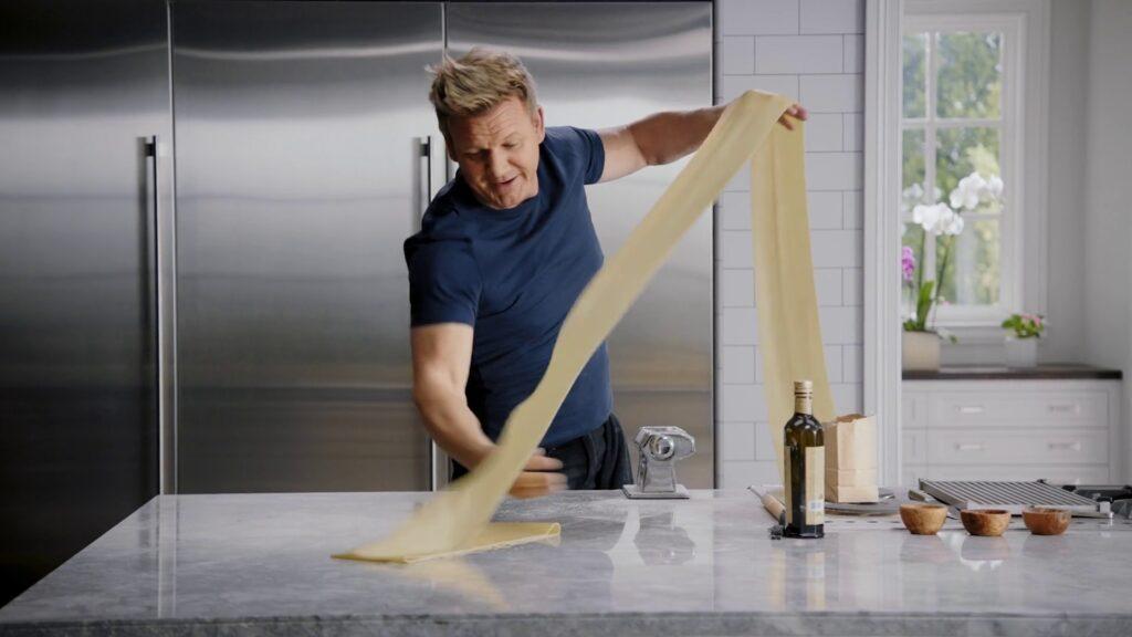 Gordn Ramsay making pasta